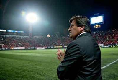 Miguel Herrera, suspendido dos partidos; Boselli, uno por engaño