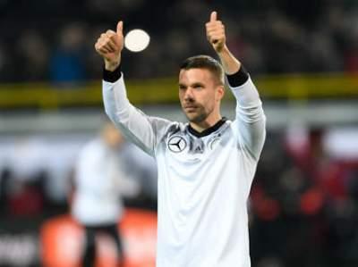 Lukas Podolski dice adiós a la selección de Alemania