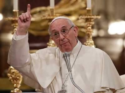 El Papa instala una lavandería para pobres e indigentes