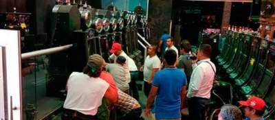 Clausuran dos casinos en Reynosa y aseguran 716 máquinas tragamonedas