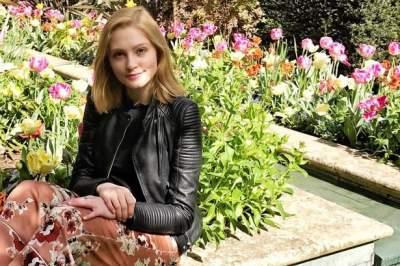 """Apuñala a su novio y evita prisión por ser alumna """"ejemplar"""" de Oxford"""