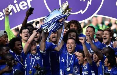El Chelsea levanta trofeo de campeón y John Terry dice adiós