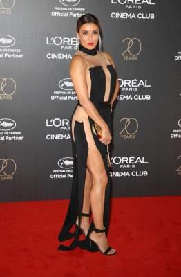 Eva Longoria deja atónita a la prensa con su sexy look en Cannes