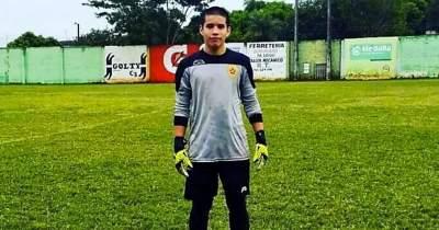 Muere portero de 17 años en Colombia por un balonazo
