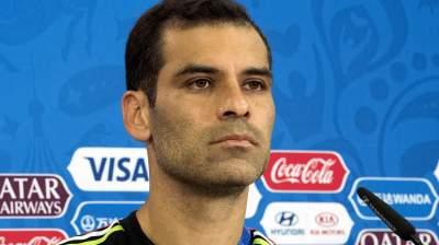 """Sin """"Rafa"""" nuestra defensa es de chicle: Efraín Flores"""