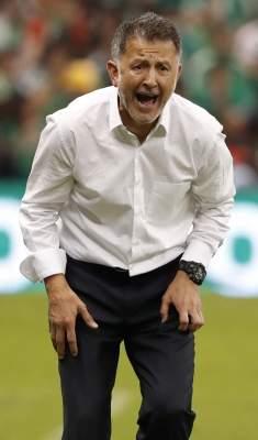 FIFA suspende seis partidos a Juan Carlos Osorio