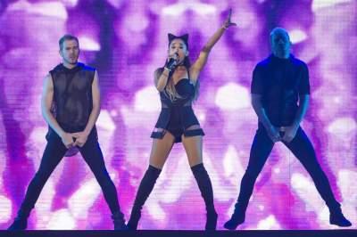 Ariana Grande cautivó en el Palacio de los Deportes