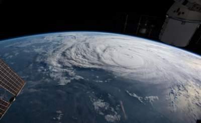 """Desde el espacio huracán """"Harvey"""" se ve """"peligroso"""" y """"catastrófico"""""""