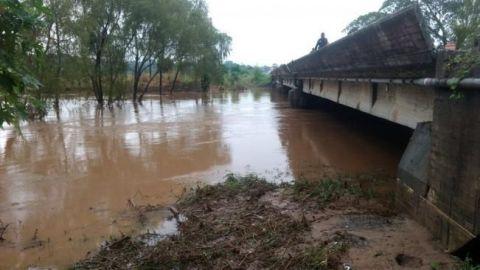 """""""Ramón"""" provoca desbordamiento de 2 ríos en Oaxaca"""