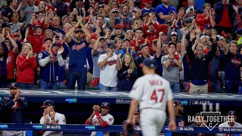 Indians dejan en blanco a los Yankees y toman ventaja