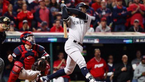 Yankees coronan su repunte y eliminan a los Indians