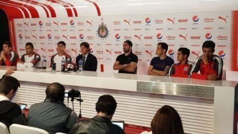 Jugadores de Chivas dan la cara por Matías Almeyda