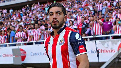 Pizarro sin clásico suspendido un partido por 'conducta violenta'