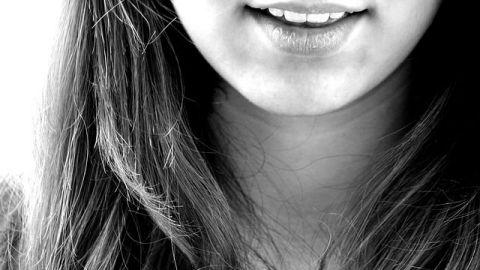 Alimentos que limpian los dientes naturalmente