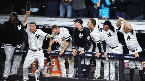 Fulminante reacción de Yankees iguala 2-2 serie con Astros