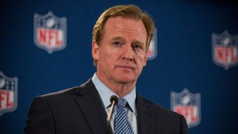 Los jugadores deben estar de pie, pero la NFL atenderá sus preocupaciones