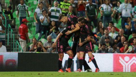 Santos se impuso al Necaxa 3-2