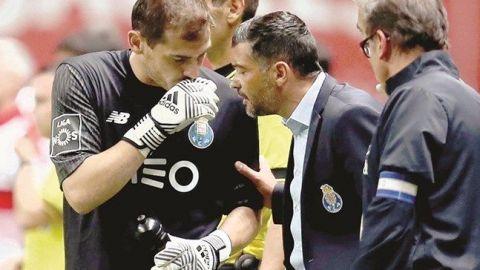 Conceicao DT del Porto desmiente que Casillas sea suplente por indisciplina