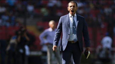 Jaime Lozano fue despedido como DT de Gallos