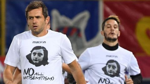 Leen diario de Ana Frank antes de partidos de la Liga italiana