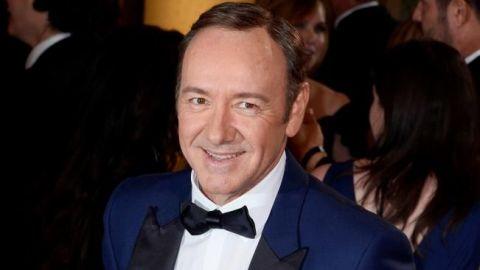 Retiran premio del Emmy a Kevin Spacey tras escándalo