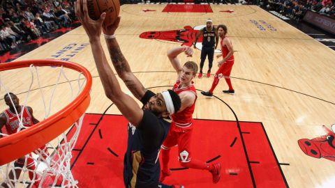 Davis y Cousins guían triunfo de Pelicans ante Bulls en TE