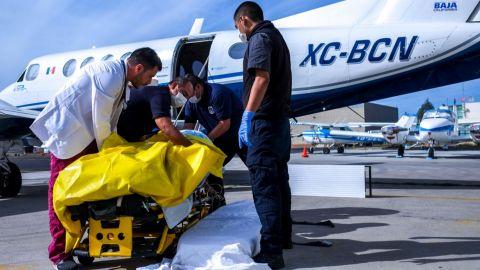 Trasladan en ambulancia aérea del gobierno del estado a joven con quemaduras
