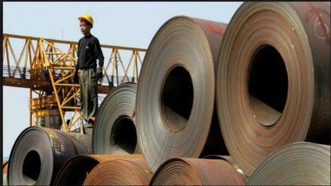 Es poco viable que EU frene importaciones de acero, dice Economía