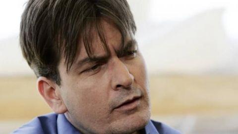 Charlie Sheen niega haber abusado de actor de 13 años