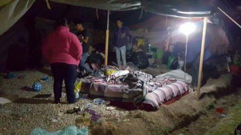 Desalojan a damnificados por sismo en Jojutla