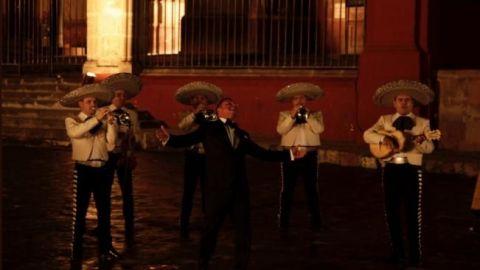 Luis Miguel comparte fotos de la grabación de su nuevo video