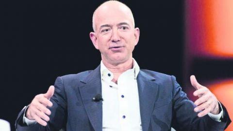 Fortuna de fundador de Amazon roza los 100 mil mdd