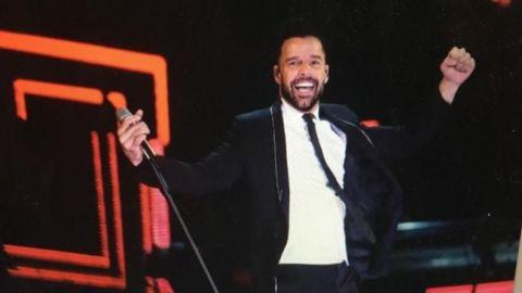 """""""Mucha fuerza México"""", el mensaje de Ricky Martin en el Zócalo"""