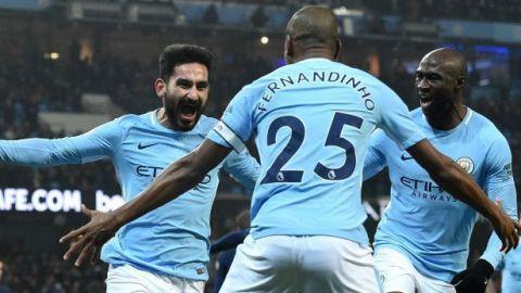 Manchester City, intocable en la Premier, arrolla al Tottenham