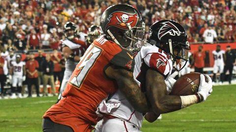 Atlanta mantiene el control de su destino con triunfo sobre Tampa Bay