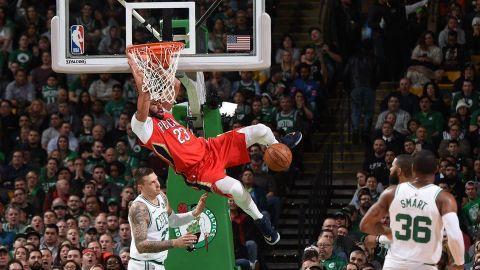 Davis anota 45 en triunfo de Pelicans 116-113 sobre Celtics