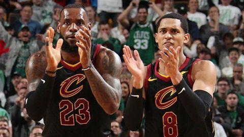 Cavaliers vence 121-99 a Celtics en día de homenaje a Pierce