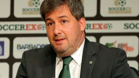 UEFA amonestó a presidente de Sporting por criticas a árbitros