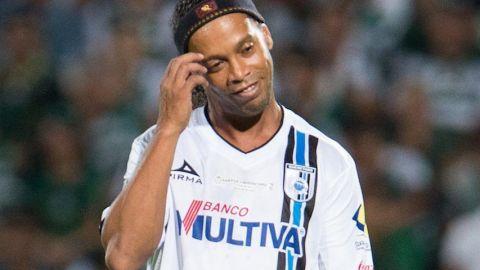 Dinho vuelve a México para enfrentar a leyendas de Veracruz