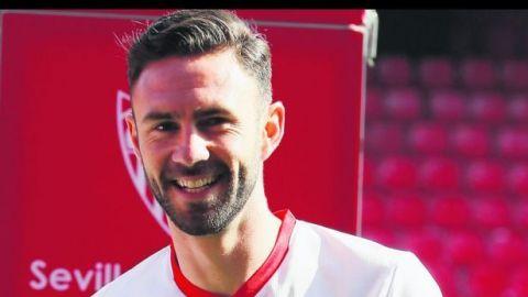Layún buscará sumar minutos con el Sevilla ante Las Palmas