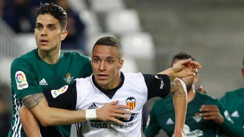 Betis cayó de visita ante Valencia; Guardado no se recuperó