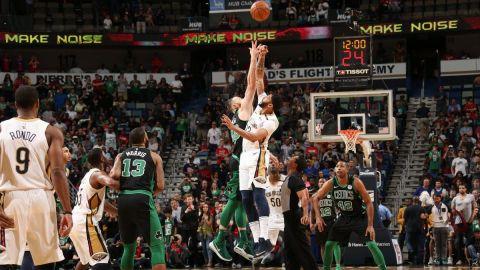 Davis y los Pelicans derrotan 108-89 a Celtics