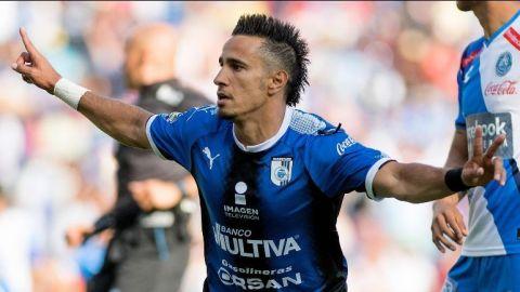 Querétaro sufre, pero vence al Puebla y al fin gana en casa