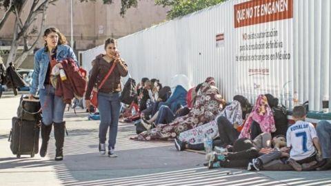 Mexicanos piden asilo a Estados Unidos; huyen de la violencia