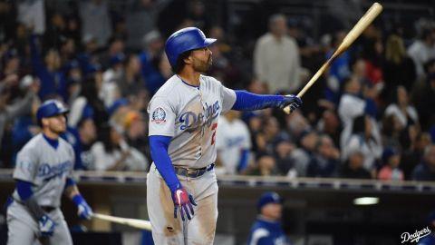 Grandal y Kemp impulsan a Dodgers a triunfo 10-3 ante Padres