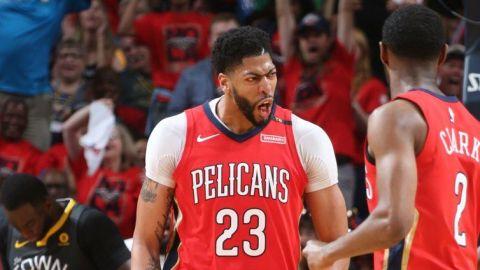 Davis brilla con 33 puntos y Pelicans se acercan a Warriors