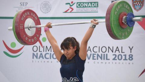 Amisadaí es campeona panamericana en pesas