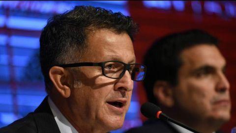 Osorio acepta que todavía podría dirigir a Colombia