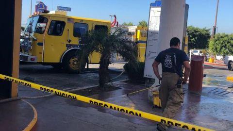 Evacúan concurrida plaza comercial en Ensenada,  por fuga de gas