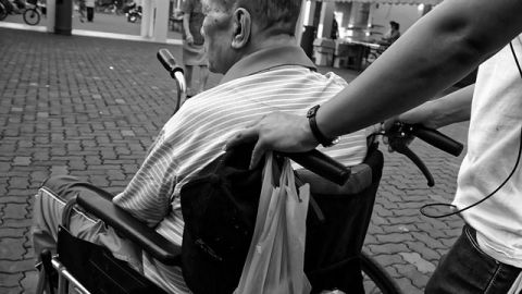 Mitad de mujeres y tercio de hombres en riesgo de enfermedades neurológicas